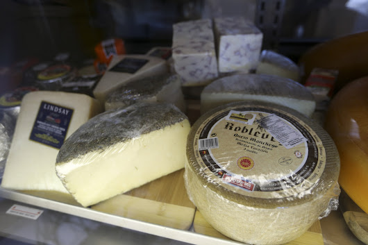 Here's why you're 'addicted' to cheese