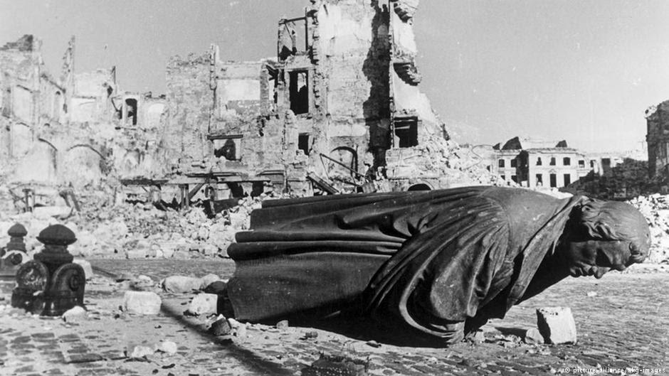 Ένα αποτρόπαιο έγκλημα του ιμπεριαλισμού: Ο βομβαρδισμός της Δρέσδης από τους Αγγλοαμερικάνους στις 13 – 14 Φλεβάρη 1945