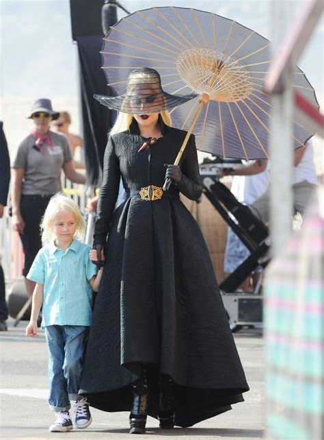 Lady GaGa Picture 1210   Lady GaGa Dress in All Black for