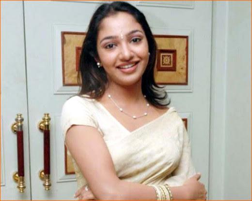 Beautiful Images: Malayalam Actress Maya Unni Wallpapers