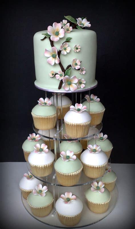 Small Things Iced: Dogwood Wedding Cupcakes & Cutting Cake