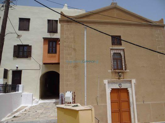 http://www.exploring-greece.gr/_tp_media/Syros/14146_f.jpg