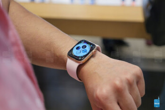 Apple Watch Series 4 hands-on: Small changes add up | PhoneArena reviews