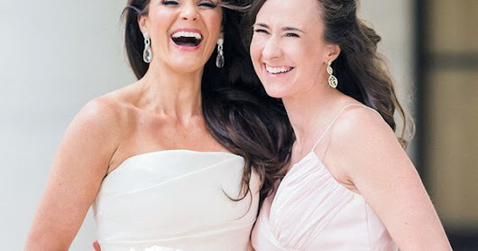 8 Maid of Honor Duties to Remember for the Wedding Day