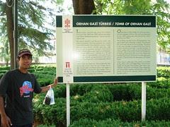 Di Perkarangan Makam Orhan Gazi, Bursa, Turkey