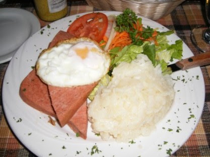 The German Version of a Ploughman's Lunch