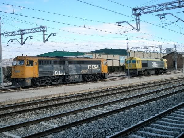 2 locomotoras diésel