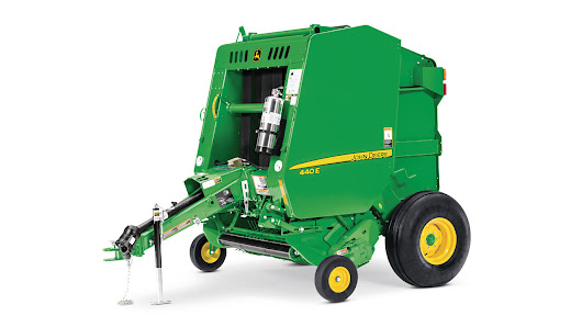 Examining the Top Features of the John Deere 440E