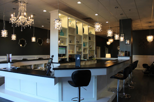A Perfect 10 brings upscale ambience, natural nail care to Midwest - Couture In The Suburbs