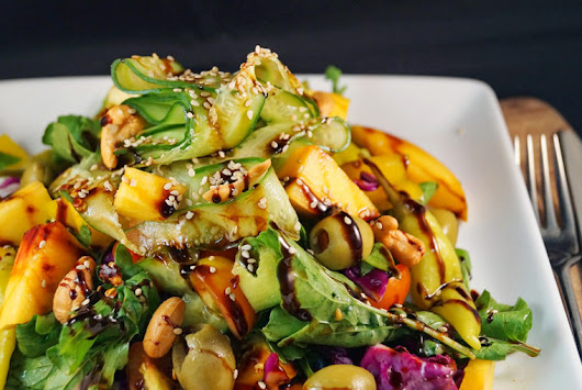Peach & Cashew Summer Salad with a Sweet Balsamic Reduction | MY INSPIRATION