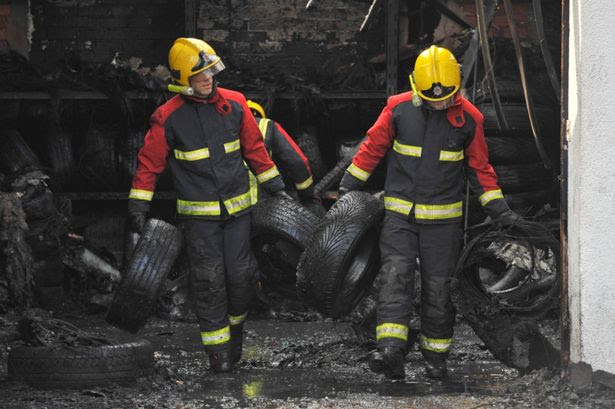 Wolverhampton Car Repair Firm Is Wrecked By 5000 Tyre Fire Birmingham Live