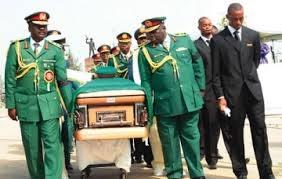 Nigeria/Abacha n'a pas été empoisonné par des prostituées: nouvelles révélations sur la mort de Sani Abacha
