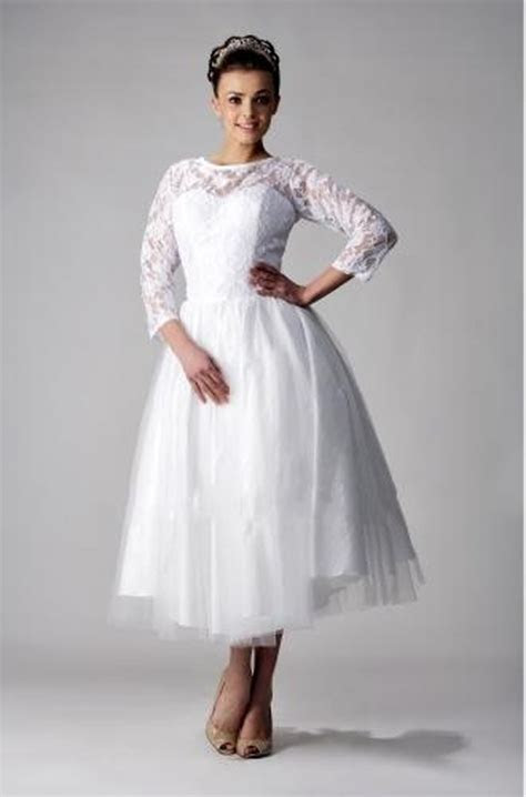 Plus Size Vintage Wedding Dresses >> Busy Gown