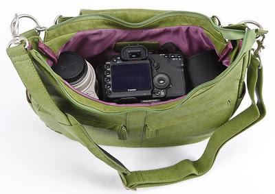 Kelly Moore Camera Bag B-Hobo Grassy - Inside