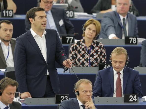 Tsipras, premier greco, parla a Strasburgo (Reuters)