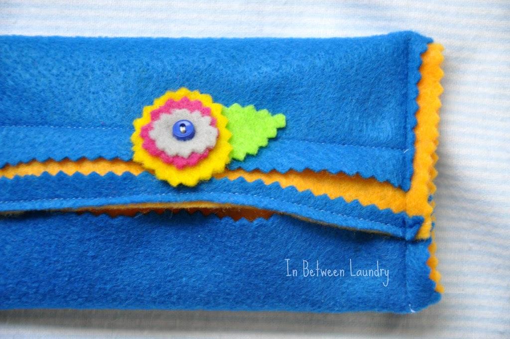 felt pocket tissue holder