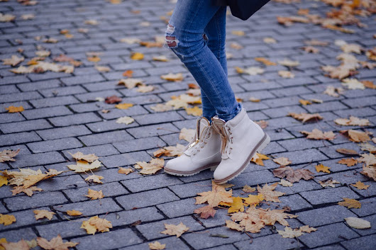 Fine Feet: 6 Stylish Trends in Footwear - Shoeaholics Anonymous Shoe Blog