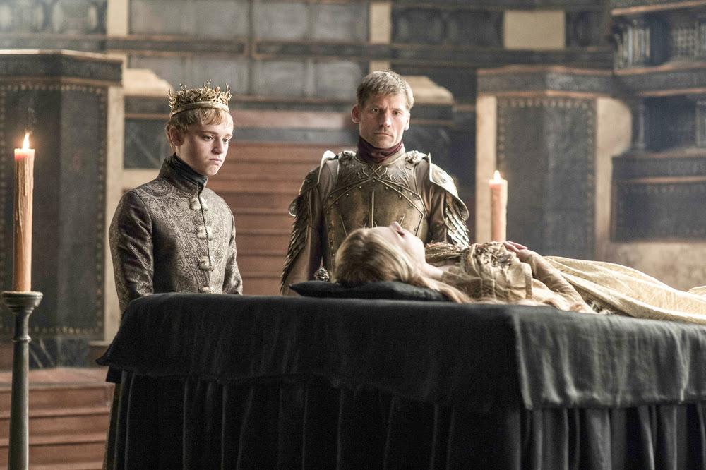 Jaime y Tommen en el funeral de Myrcella
