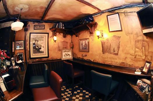 Triveler enjoy the world de fiesta por rio de janeiro - Decoracion pub irlandes ...