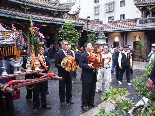 保安宮:仁壽宮的保生大帝要進去訪問了