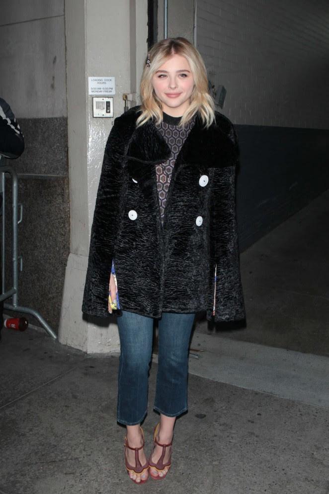 Chloe Moretz Leggy in Short Dress -19