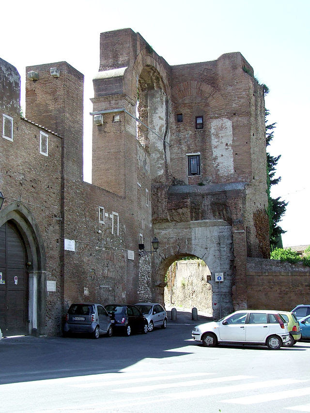 Arco di Dolabella e Acquedotto Claudio 692.jpg