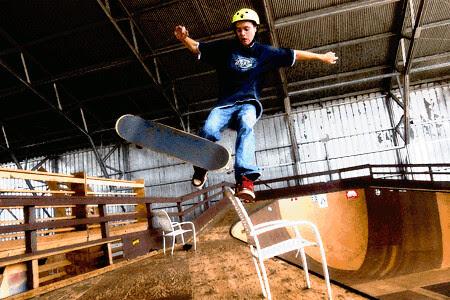 skateboard_wipeout.gif