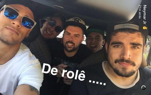 Neymar posta com Caio Castro no Snapchat