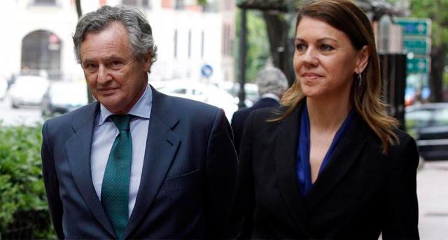 Cospedal, junto a su marido, Ignacio López del Hierro. | Javier Barbancho