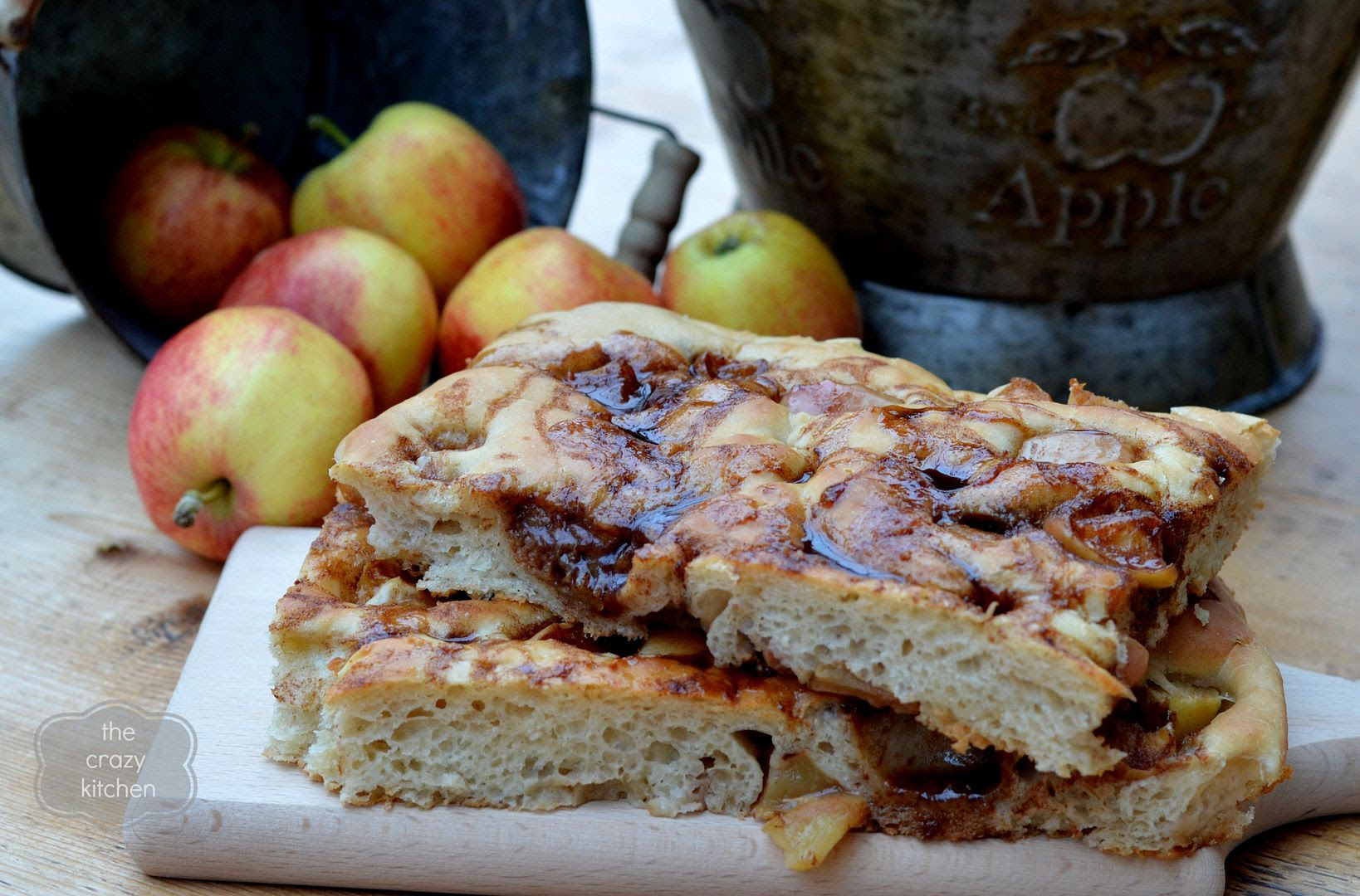 photo cinnamonapplefocaccia3_zps33b964ba.jpg