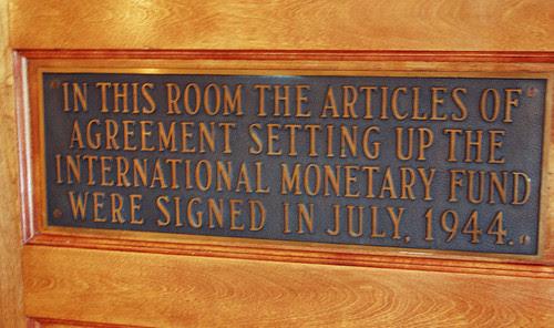1room plaque.jpg