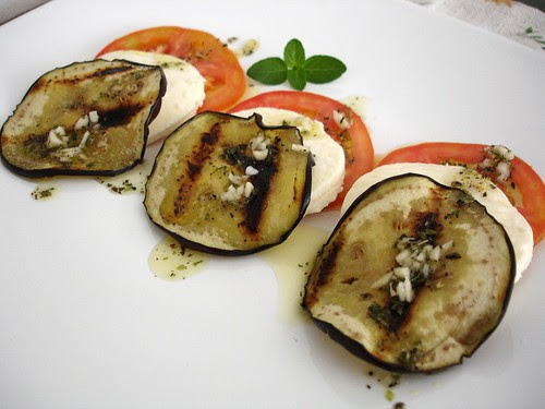 Tomato, Minas cheese and eggplant salad
