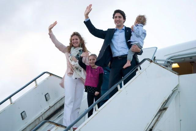 Le premier ministre Justin Trudeau et sa famille... (PHOTO ADRIAN WYLD, ARCHIVES LA PRESSE CANADIENNE)