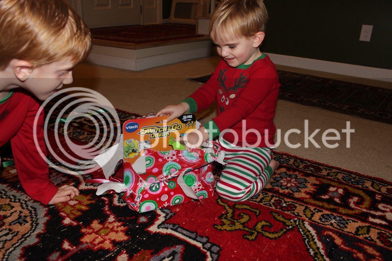 photo Christmas150_zpseb875451.jpg