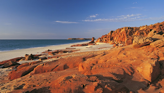 An expedition cruising guide to Australia's Kimberley Coast