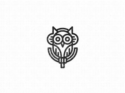 Logo Designs owlpod microfone1 40 músicas baseadas