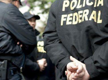 Operações da PF prendem três funcionários públicos por semana, aponta jornal
