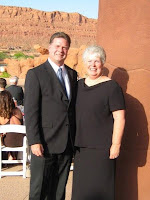 Roland and Nellie Lee at Entrada Country Club where Roland Lee painting raised $1200 for Doctors Free Clinic
