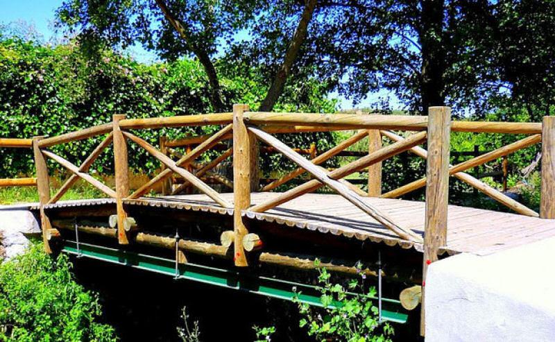 A ponte internacional mais curta do mundo fica entre Espanha e Portugal e mede 3 metros