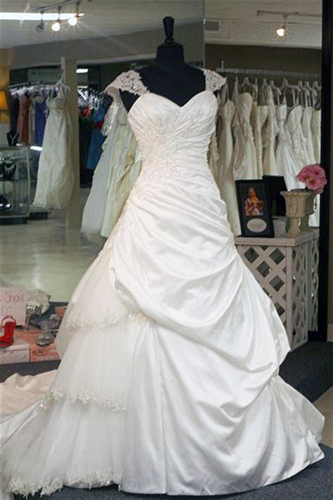 Salute the Spirit! Free Gowns to Military Brides to be