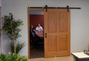 10 Cara Membuat Pintu Geser Kayu Hemat Tempat RumahLia com