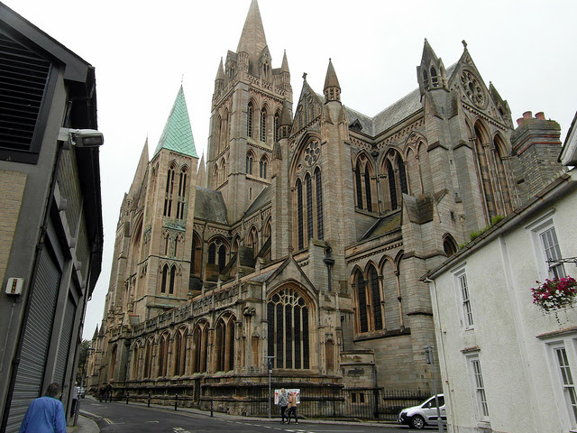 Truro Cathedral (Credit: Reading Tom, CC BY 2.0)