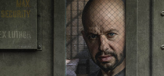 Supergirl: First Look At Jon Cryer As Lex Luthor