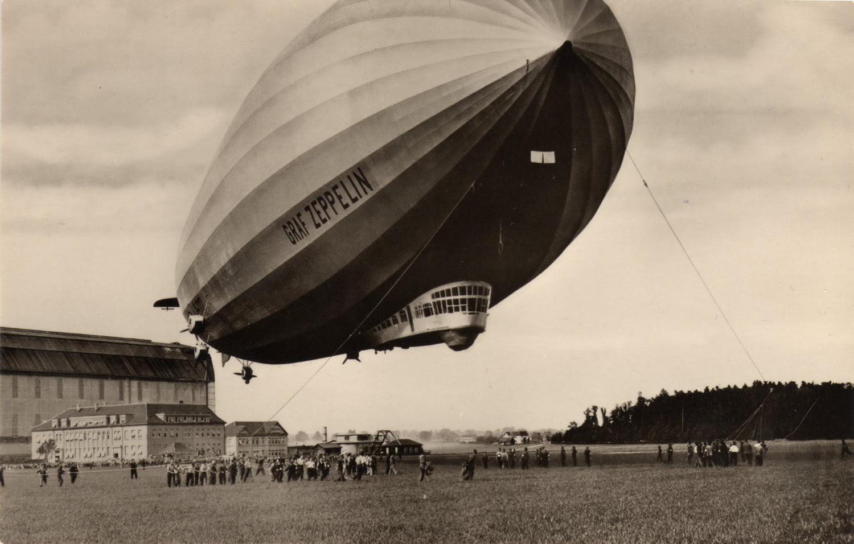 Graf Zeppelin atracado