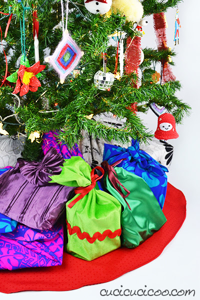 How To Make A Christmas Tree Skirt From A Tablecloth Cucicucicoo