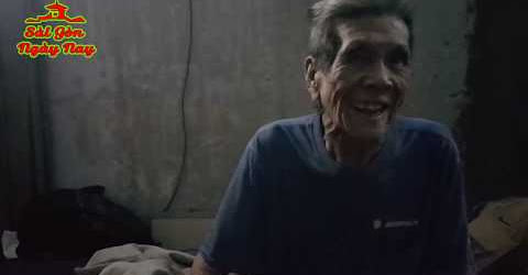 Tìm cặp vợ chồng già sống nhờ hành lang chung cư nhặt rác nuôi nhau