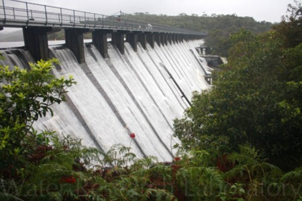 State Emergency Service warn that hundreds of residents may have to evacuate their premises near Manly Dam (pictured)