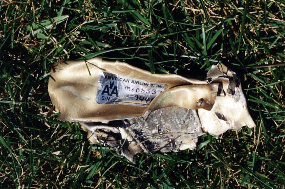 Restos del vuelo 77 de American Airlines que impactó contra las instalaciones del Pentágono después de ser secuestrado por cinco terroristas saudíes poco tiempo tras partir el 11 de septiembre de 2001 del Aeropuerto Internacional de Dulles, en Washington.