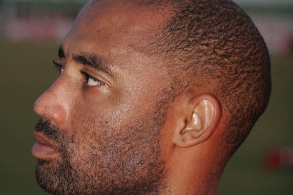 Ex-frentista de posto de gasolina, Antônio Givanildo da Silva Santos, nasceu na cidade de Tanquinho na Bahia e iniciou na carreira de futebol em 2004 pela Catuense