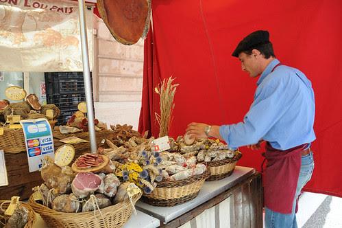 street fair guy in baret_9607 web